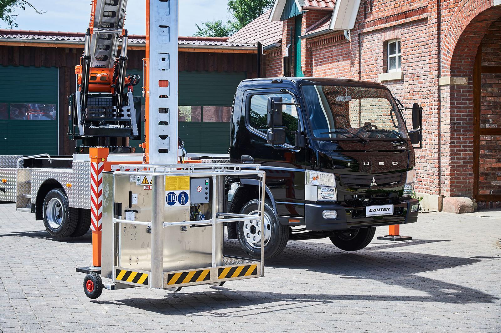 Klaas Kranbiler fra 27 til 50 meter krokhøyde.